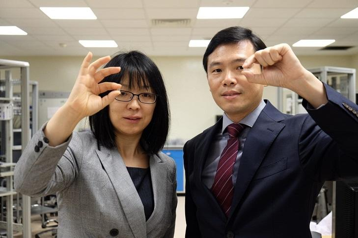 Assistant Professor Wang Xiaomeng (left) from NTU's Lee Kong Chian School of Medicine and Professor Chen Peng from the NTU School of Chemical and Biomedical Engineering are part of the NTU team that developed the eye patch