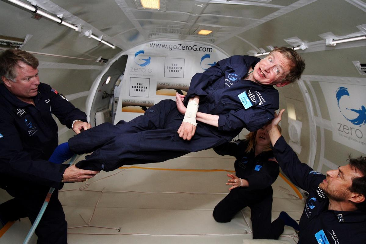 Stephen Hawking aboard a modified Boeing 727 of the Zero Gravity Corp in 2007