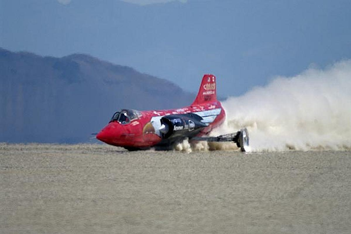 Jessi Combs this week became the world's fastest woman on four wheels in the 52,000 hp North American Eagle Supersonic Speed Challenger with a speed of 392.954 mph (632.39 km/h)