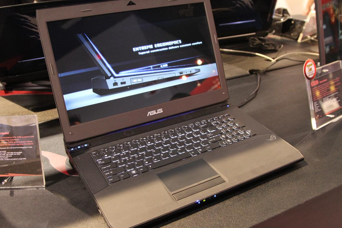 Looking down on the G73Jh Core i7 gaming notebook from Asus