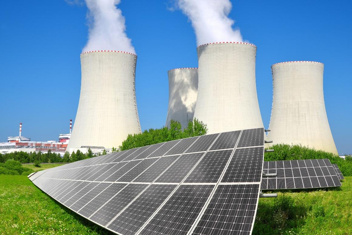 Throttling down the capacity of nuclear power plants and adapting their output dynamically to compensate for the unpredictability of renewable sources could lead to savings for both consumers and nuclear plant owners