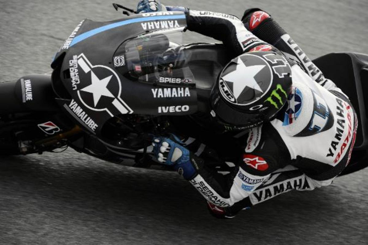 Ben Spies aboard the Yamaha at the Sepang circuit