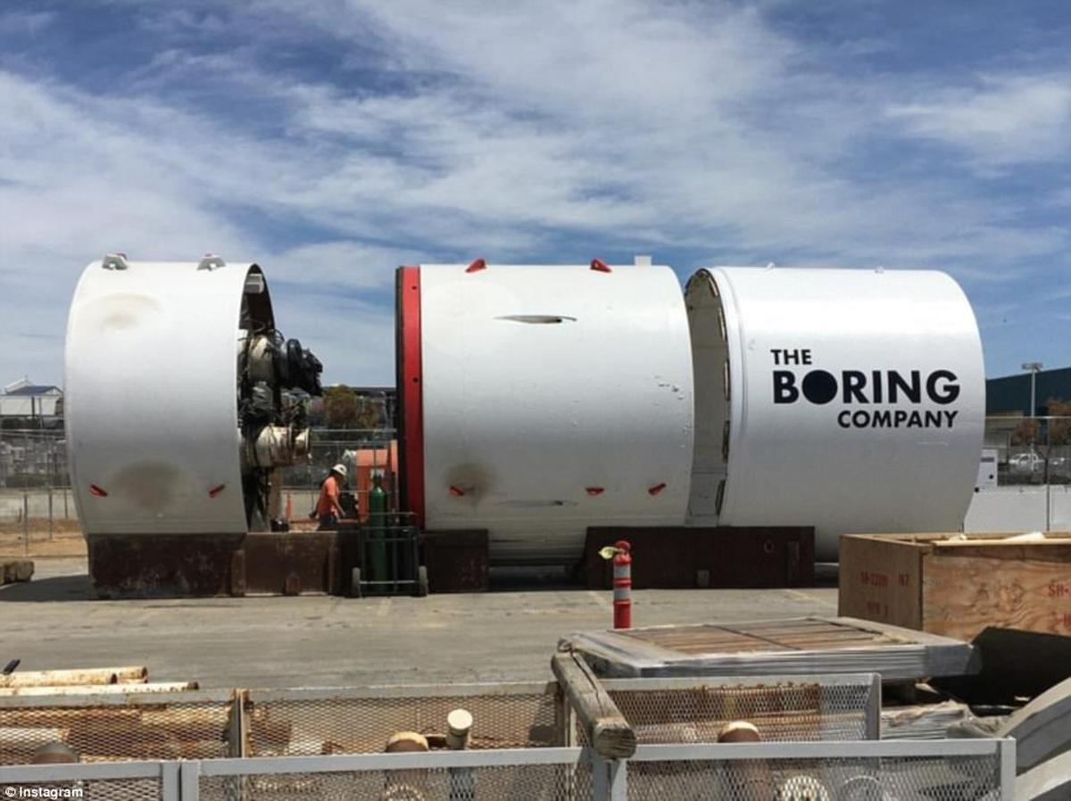 Musk says that to make theproject work, the team will need to cut the costs of tunnelling by a factor of more than 10