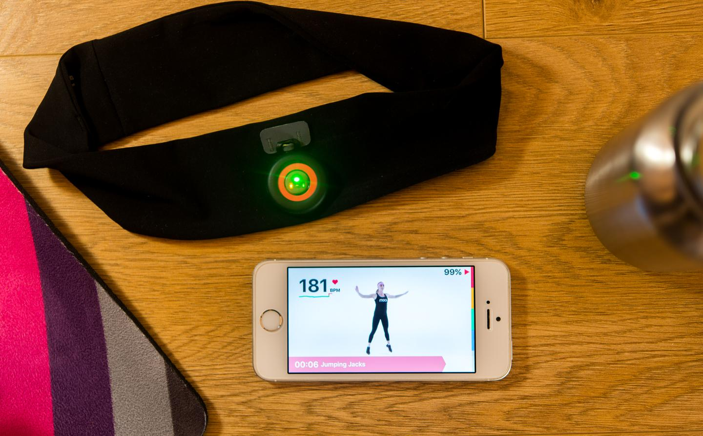 We try the Moov HR Sweat to get smart heart-rate-basedworkout coaching