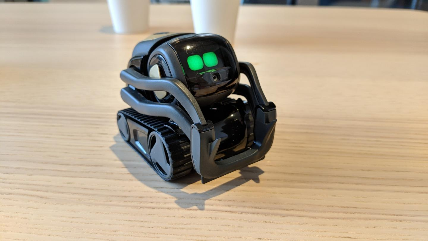 Hands on with Vector, Anki's new emotive home assistant robot