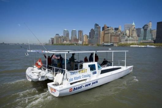 The sun21 glides silently into NYC at the completion of its 7000 mile voyage.