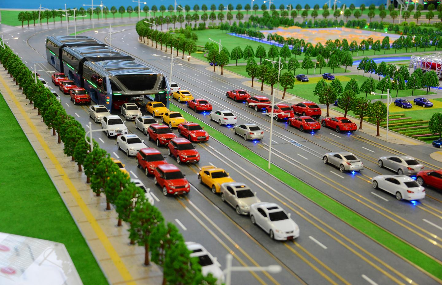 A functioning model of the Elevated Transit Bus was on show at the China Beijing International High-Tech Expo (CHITEC) this week