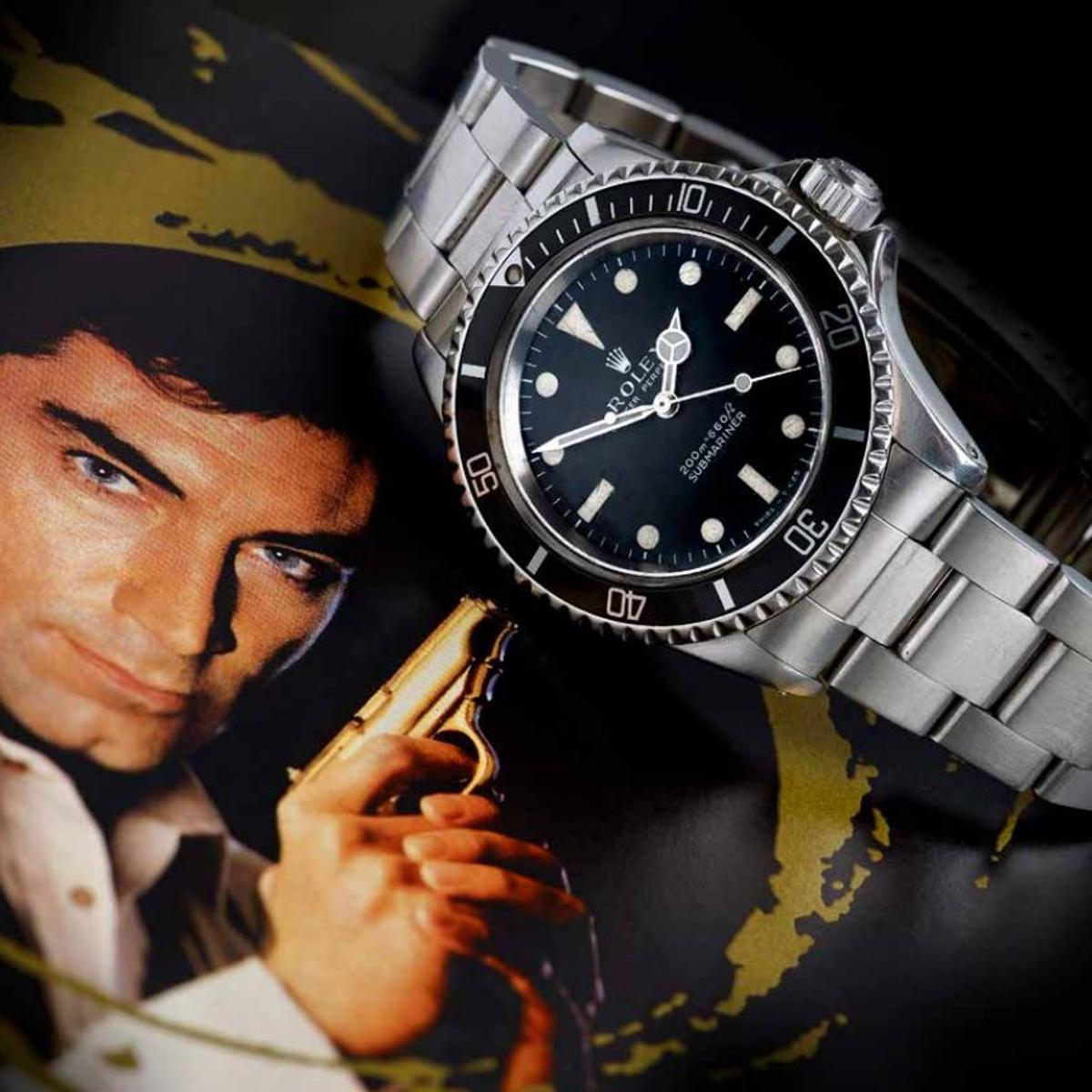 The watch was worn by Timothy Dalton's stunt double during the filming of Licence to Kill