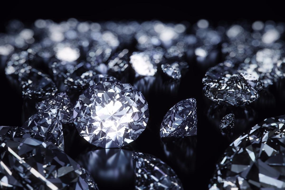 Diamonds: An Alzheimer patient's best friend?