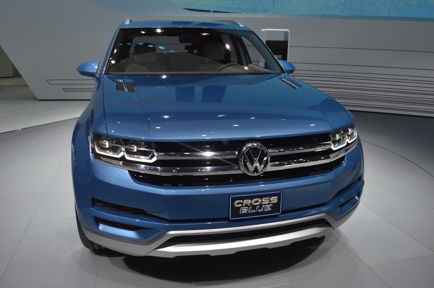Volkswagen first showed the CrossBlue Coupe at the 2013 North American International Auto Show