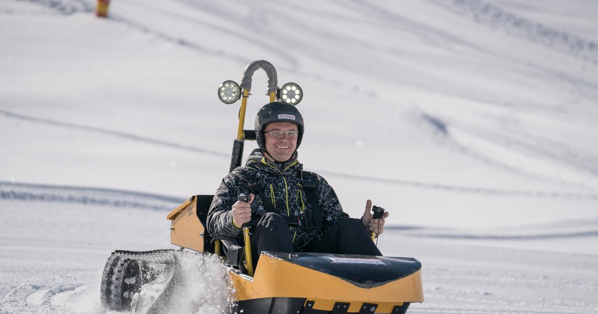 Bobsla electric snow drifter brings sled-like action to flat ground