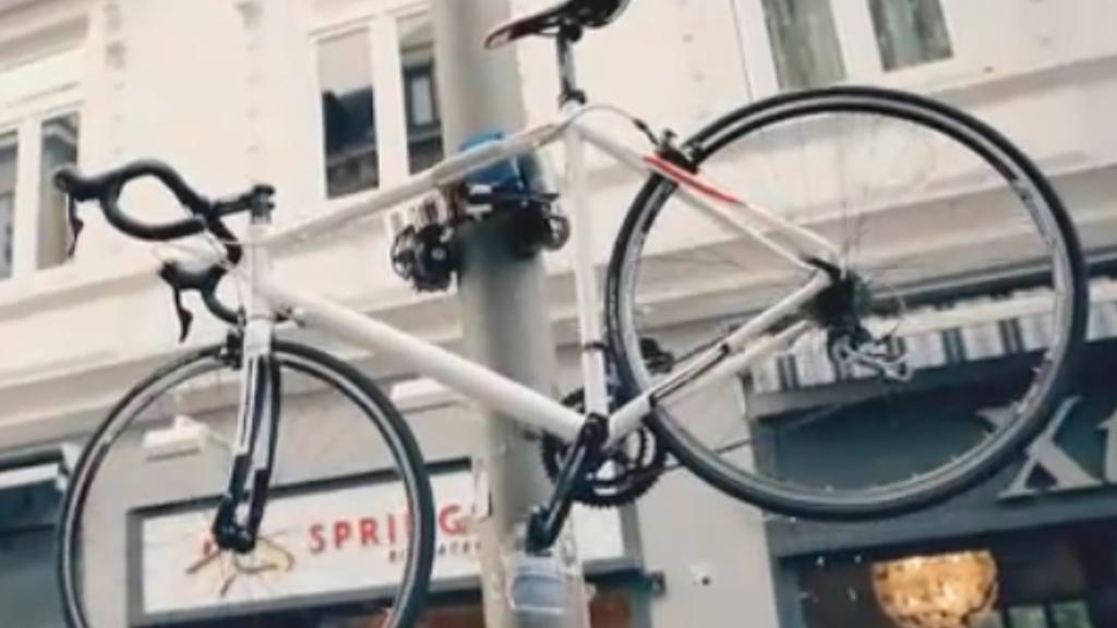 Pole-climbing bike lock