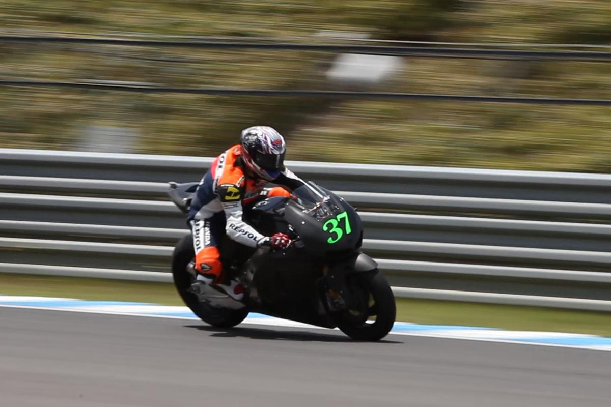 The new RC213V production machine under testing in Japan on May 24, 2013. The bike's running performance surpassed Honda's expectations