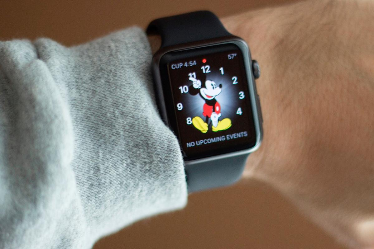 Some models of the Apple Watch will finally arrive in US Apple retail stores in two weeks