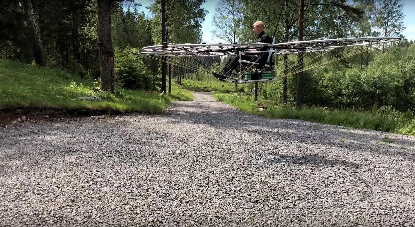 Alex Borg of AmazingDIYProjects in his home-built multirotor chAIR