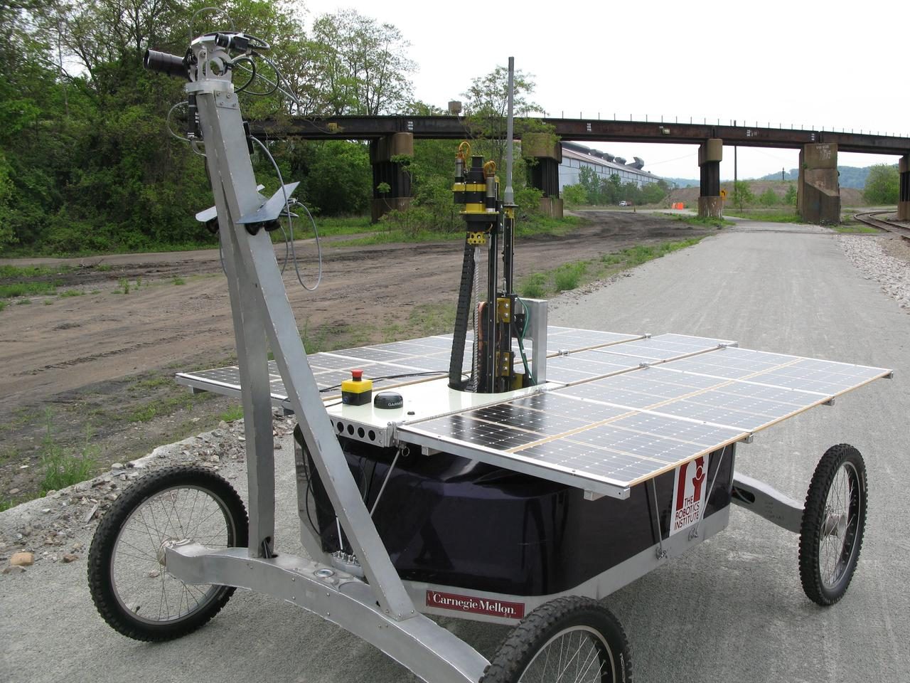 Robot Zoë is covered by a three sq m (32 sq ft) solar panel