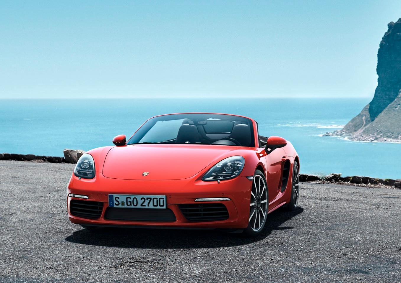 Porsche reveals the new 718 Boxster and Boxster S