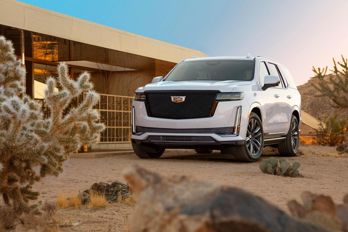 Rejoice in the bigness of the 2021 Escalade