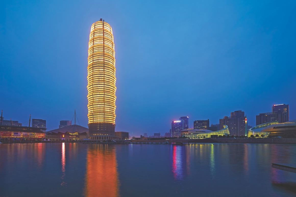 Zhengzhou Greenland Plaza at dusk (Photo: SOM)