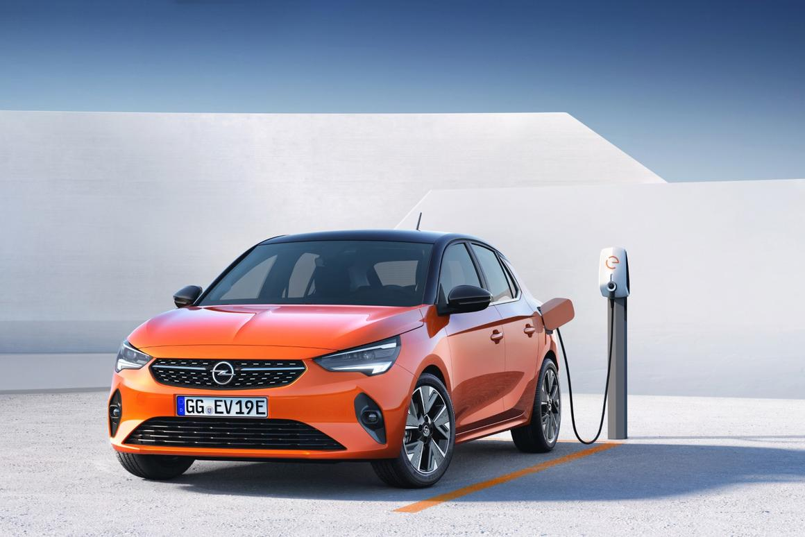 The all-electric Opel Corsa-e boasts 330 km of per charge range and a 0-100 km/h time of 8.1 seconds