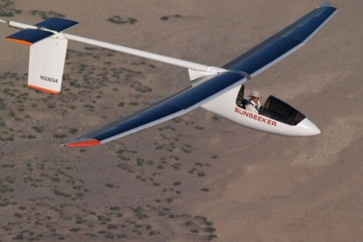 Sunseeker II manned solar plane
