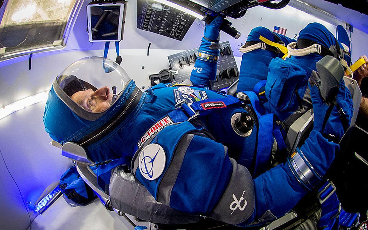 Former astronaut Chris Ferguson in theBoeing Blue spacesuit
