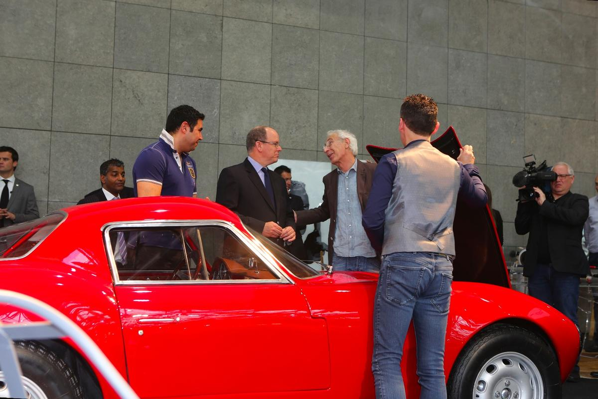 Prince Albert of Monaco takes a look at the Effeffe Berlinetta