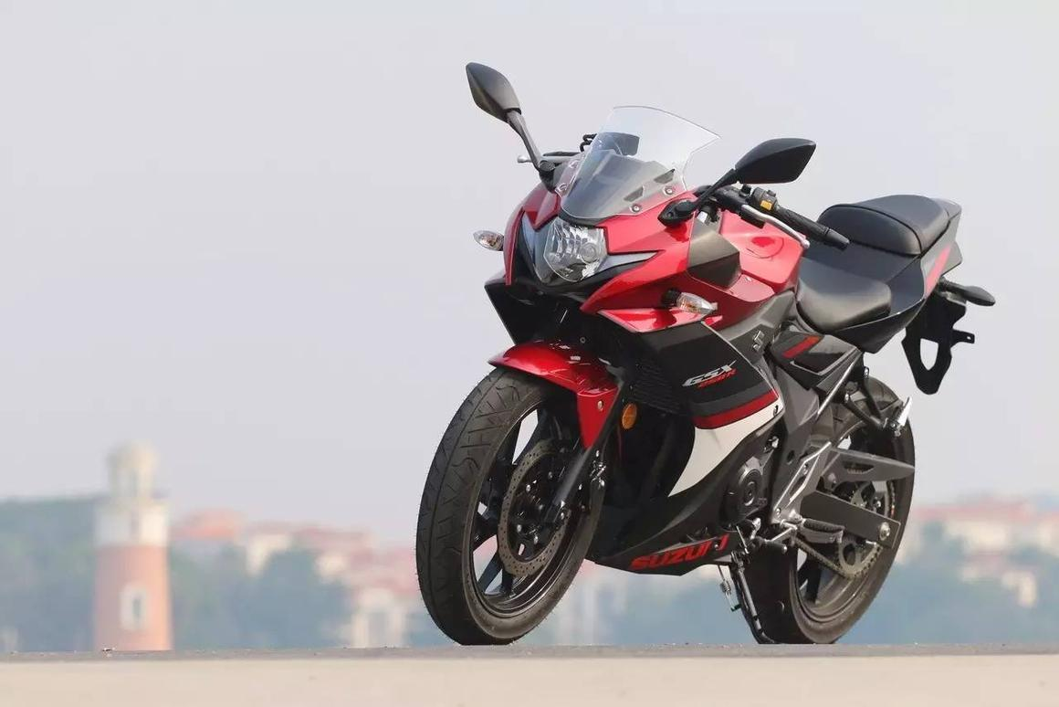 Suzuki GSX-250R:a visually terrific bike that might come off a little underdone in the performance stakes