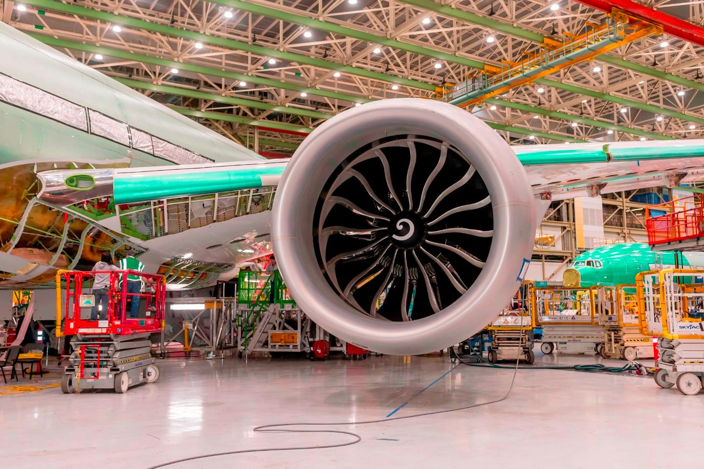 The GE9X is the world's largest fanjet engine