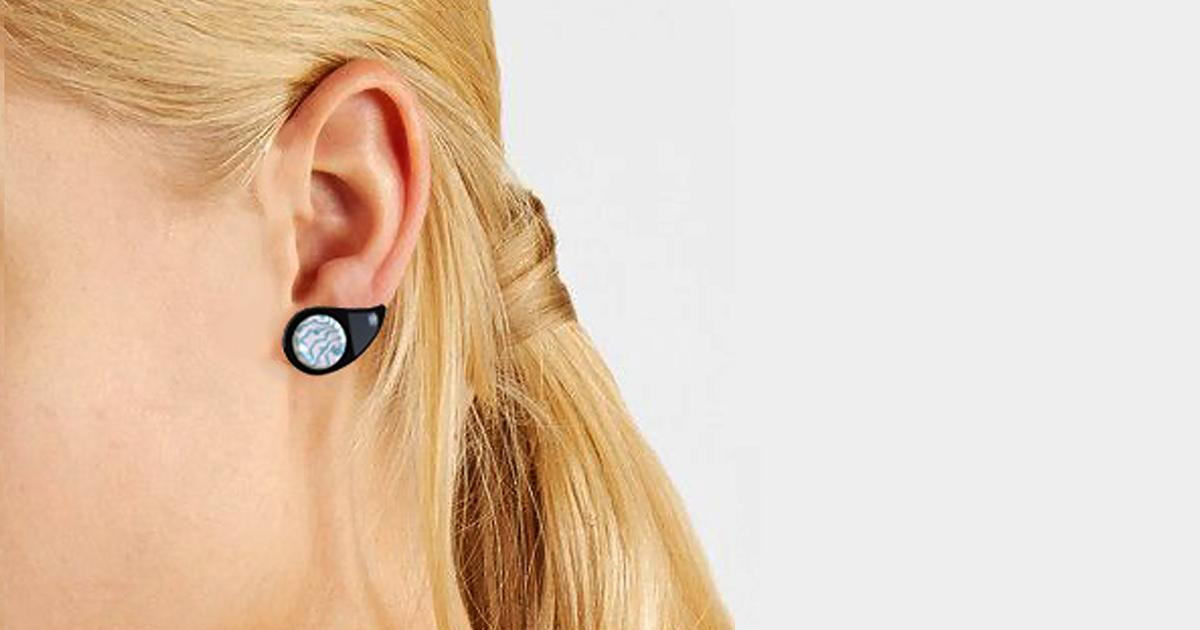 Glucose earring concept imagines blood sugar tracking via the earlobe