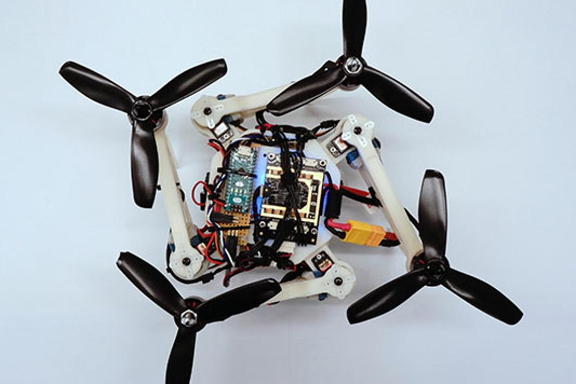 Adaptable drone folds while flying to get through gaps