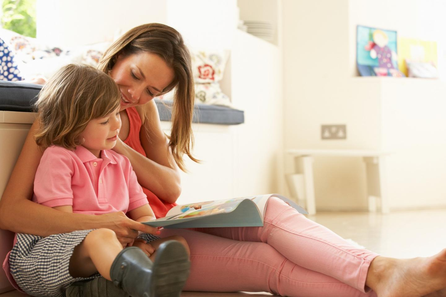 In a new study, less conversation and interaction occurred between parent and child when reading with an e-book compared to reading with a print book
