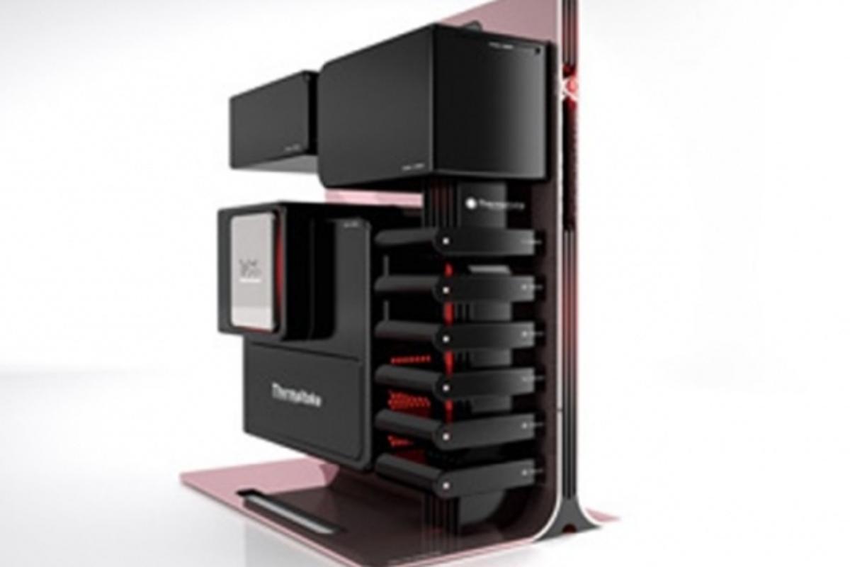 The open modular design of the Level 10 concept PC