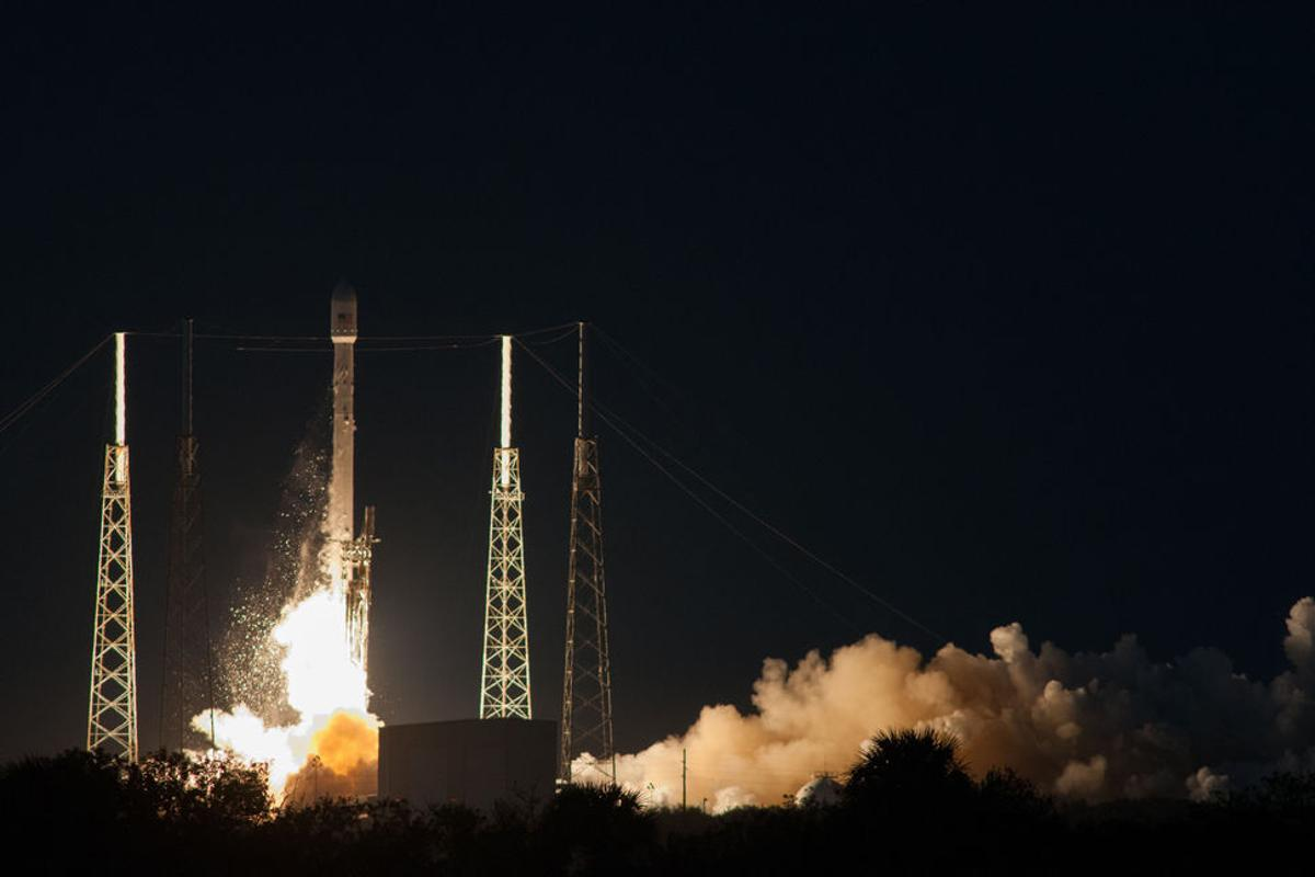 The SES-8 satellite lifts-off atop the Falcon 9 rocket