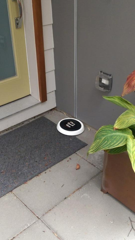 As the courier places a package on the disc, the Wi-Fi connected Package Guard arms an alarm that can only be disabled by replying to an automated text or email with the word OFF