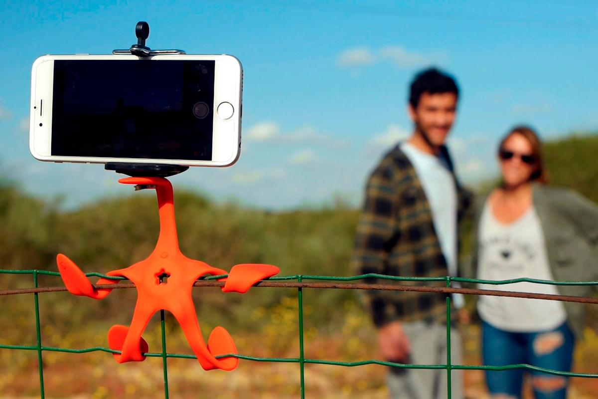 The GekkoPod is a flexible five-legged mount for your smartphone or camera