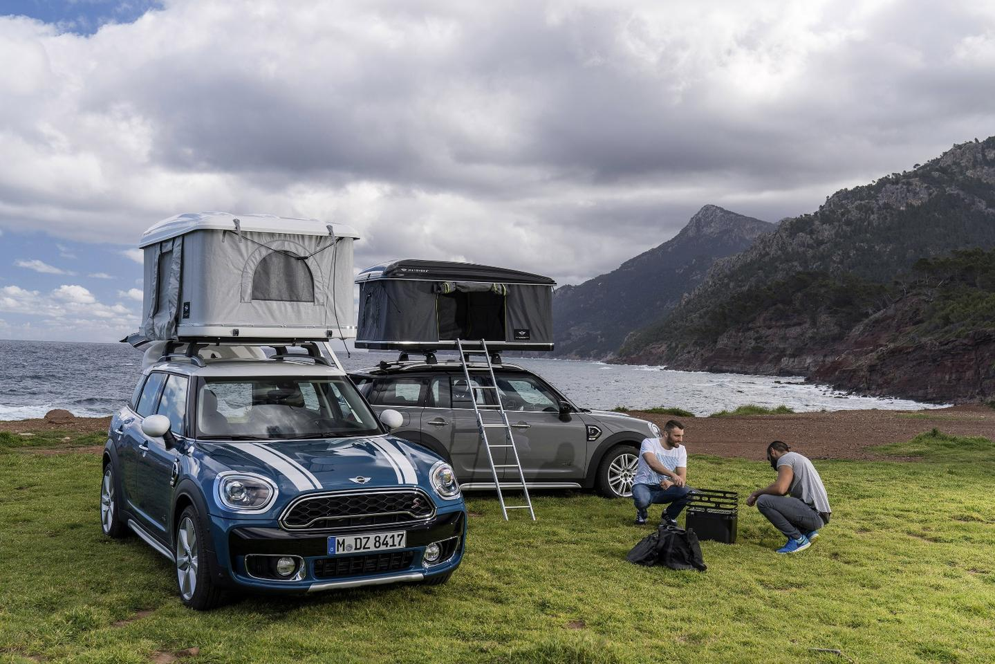 The new AirTop roof tent specifically designed for the Mini Countryman