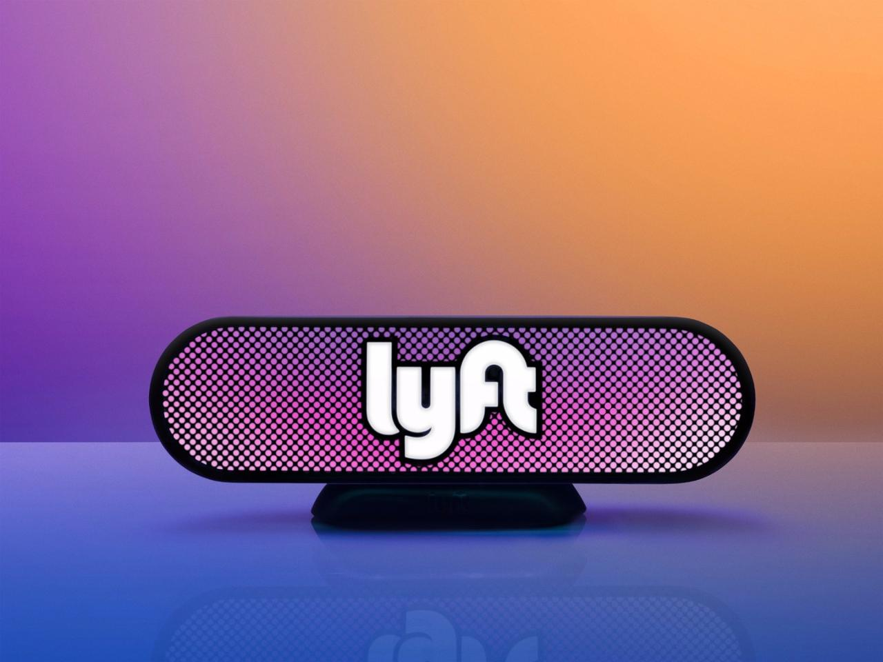 The Lyft Amp will have a front-facing LED display that will be visible through the windshield, the LEDs of which will change color to match a color displayed in-app on the passenger's phone