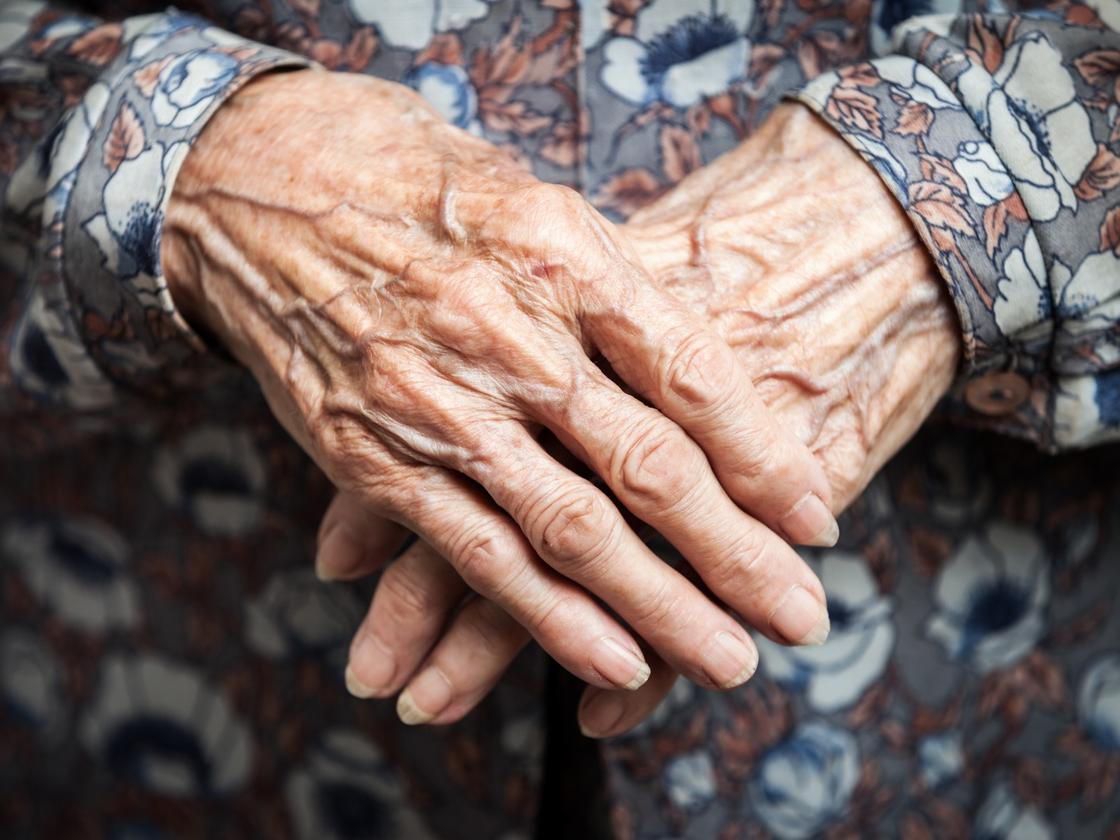 Researchers have found more evidence that a new class of drugs called senolytics can help fight the physical signs of aging