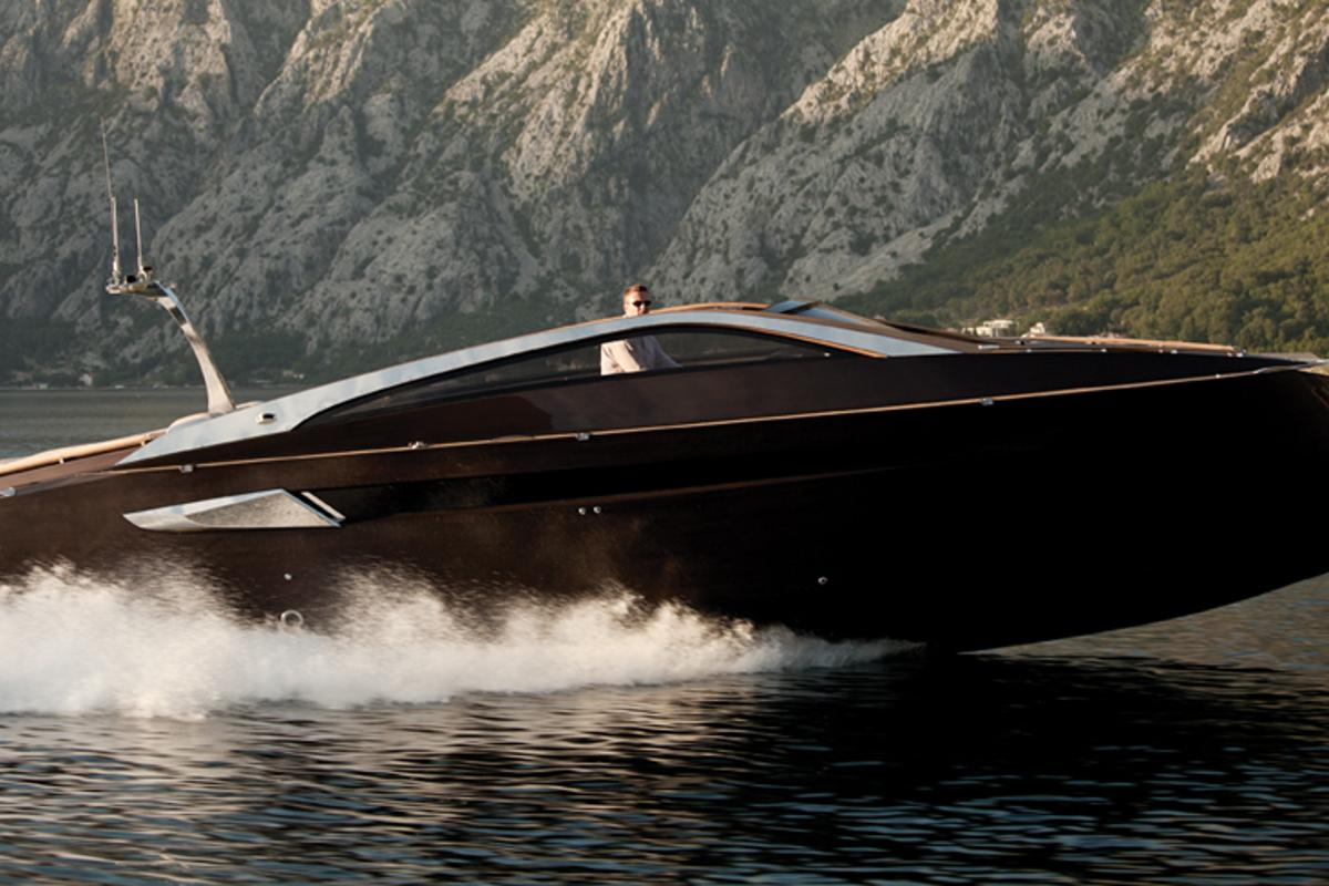 Serbian luxury yacht producer Art of Kinetik has recently launched its latest pleasure boat for the summer season, the Antagonist
