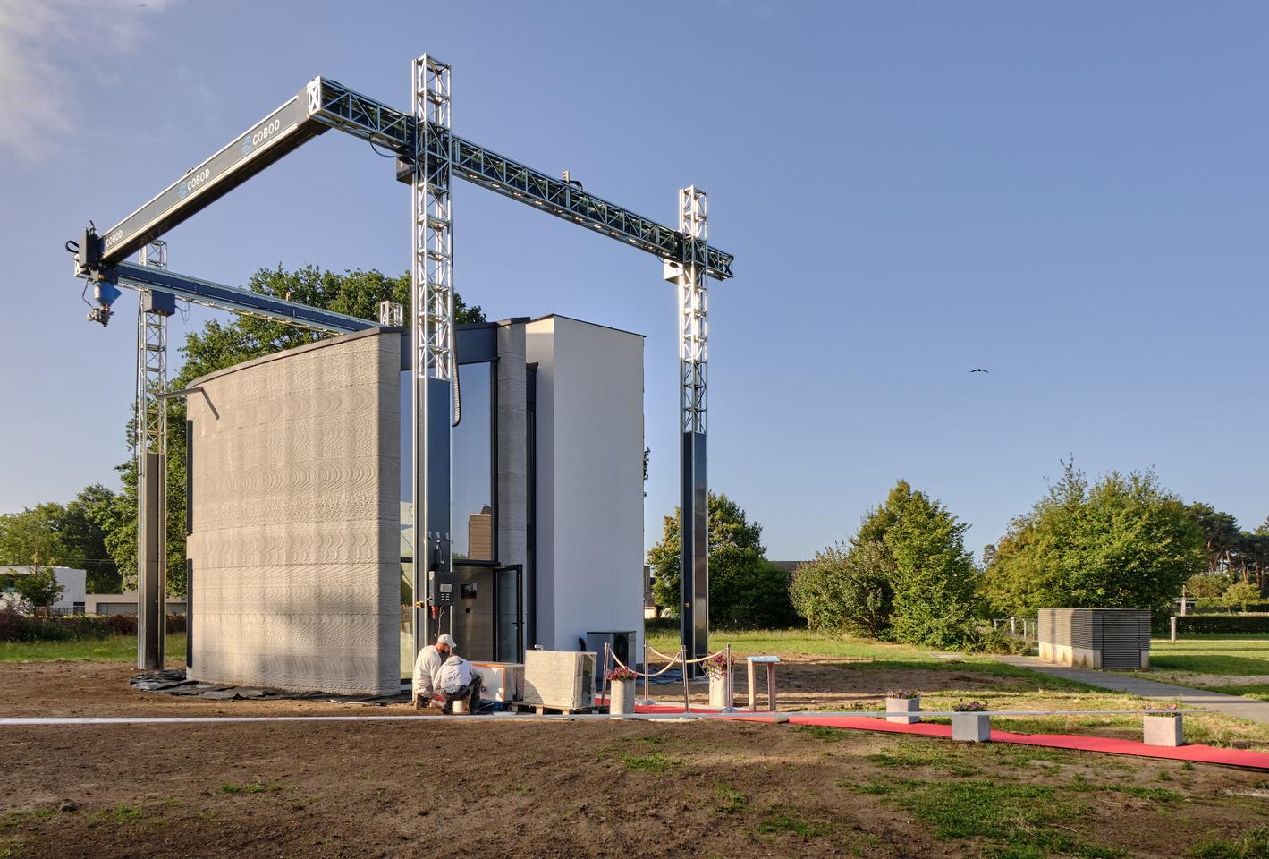 Europe S Largest 3d Printer Builds Two Story House