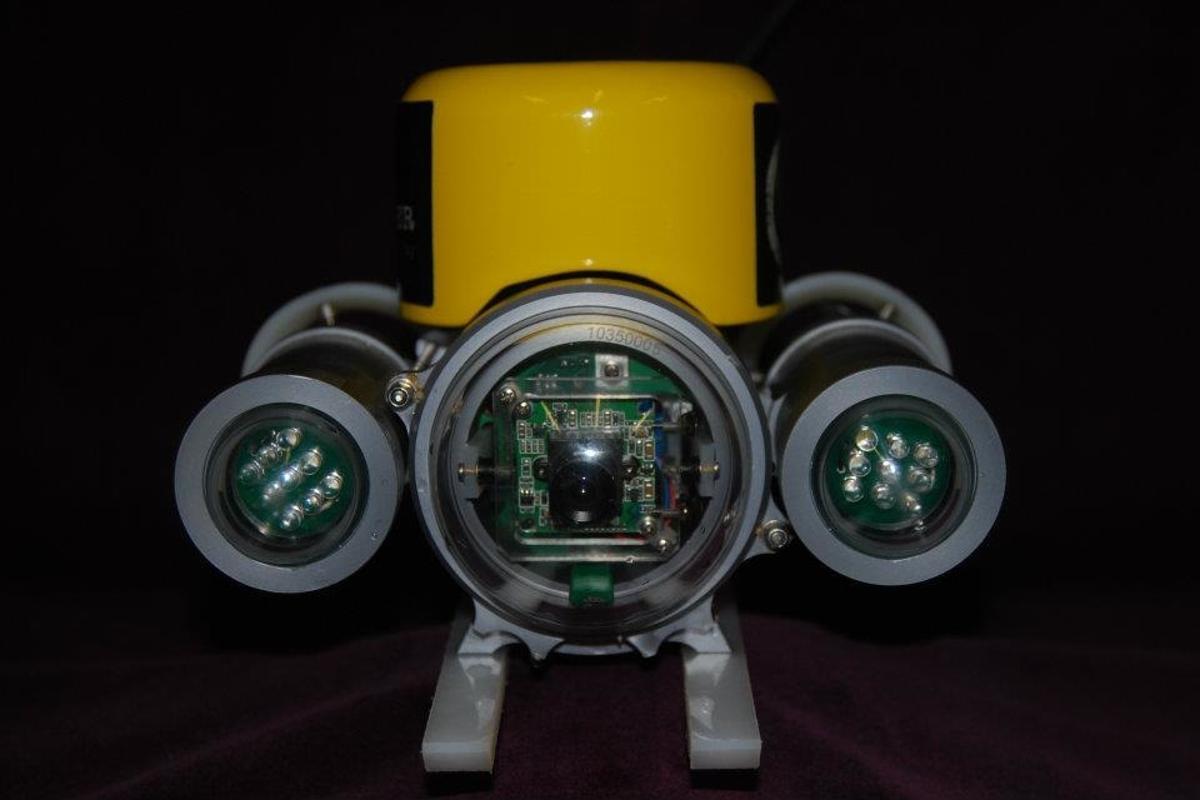 The mini-submarine used in Dive Commander