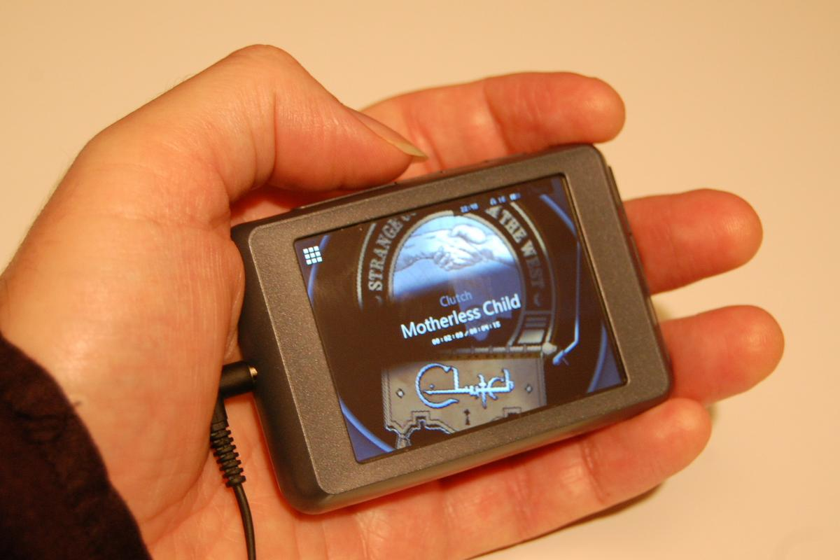 Cowon C2 MP3 player hands-on review