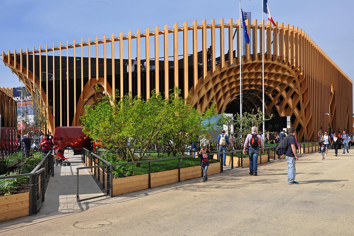 The French Pavilion at World Expo 2015 draws inspiration from France's long standing tradition of farmer's markets and has been designed to resemble an inverted market place