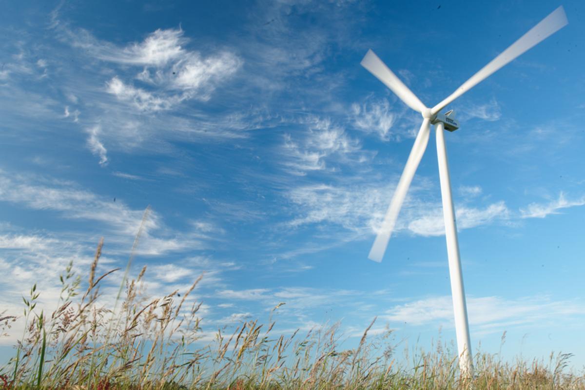 The Macarthur Wind Farm will comprise 140 Vestas 3.0 MW V112 turbines