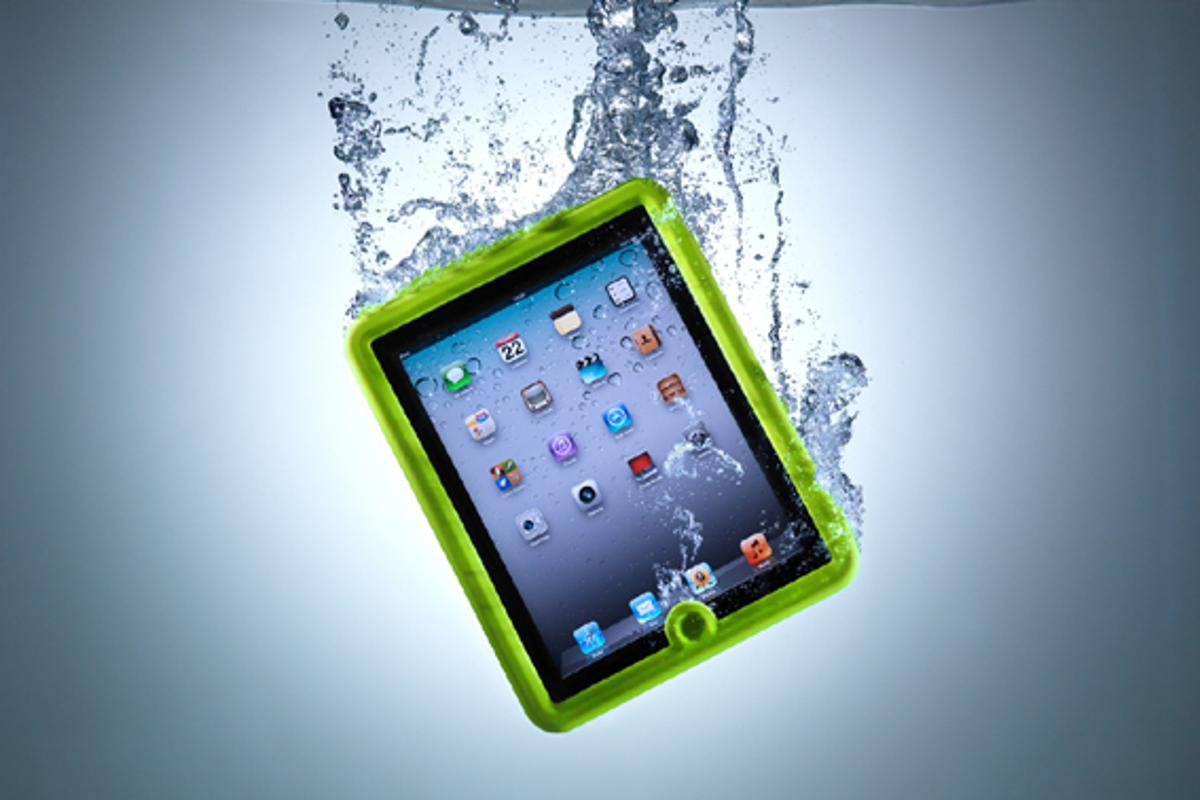 The Lifedge Case will protect an iPad or iPad2 for 30 minutes in one meter of water