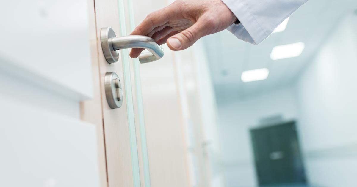 Surface treatment makes aluminum antiviral and antibacterial