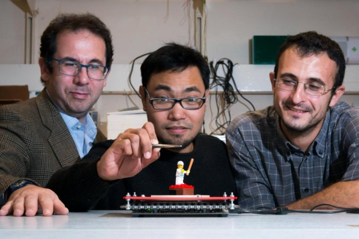 SoundBender is an acoustic levitation device that can bend sound waves around obstacles
