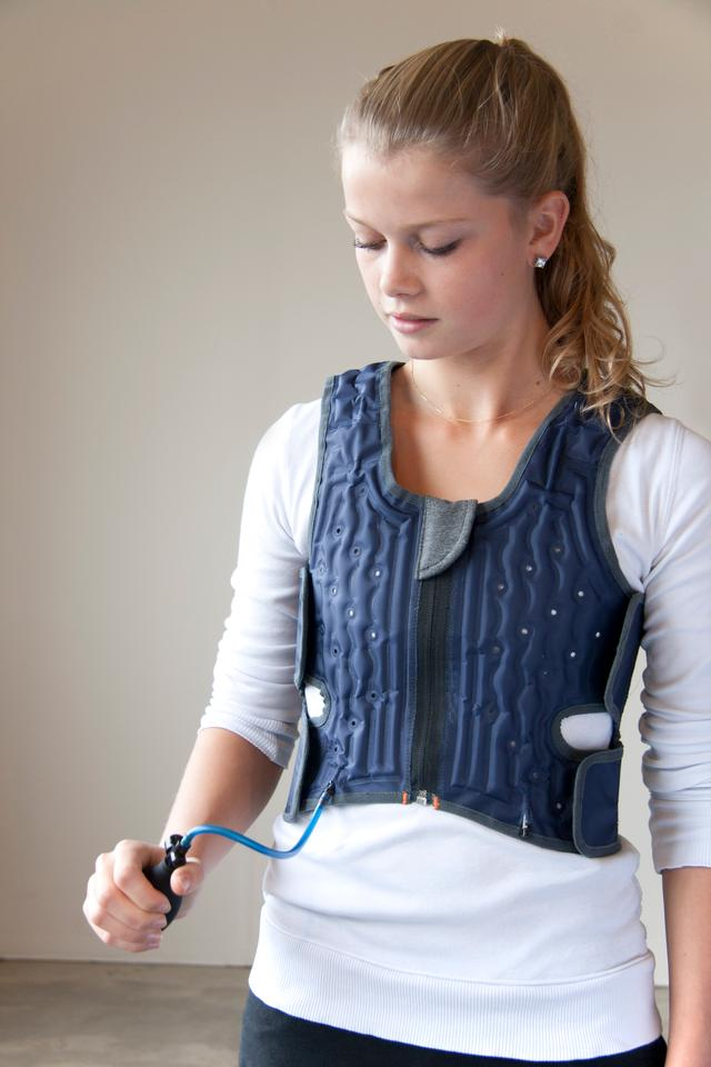 The Squease Vest is said to be light and discrete that it can be worn all day