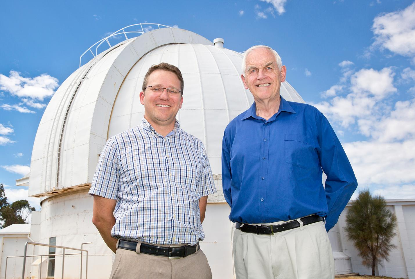 Lead researcher Dr Stefan Keller (left) and team member Professor Mike Bessell (Photo: David Paterson, ANU)